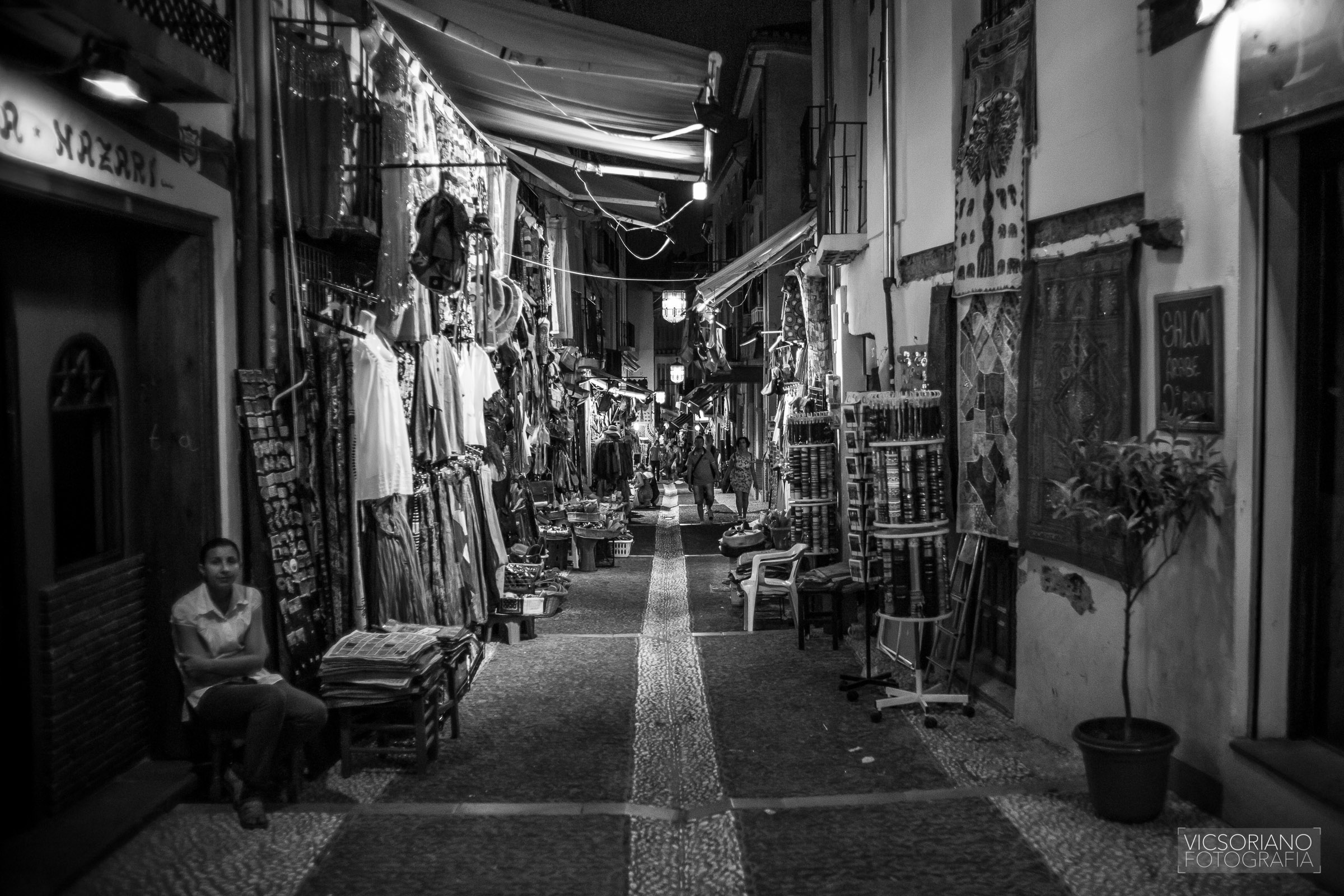 mercado nocturno granada