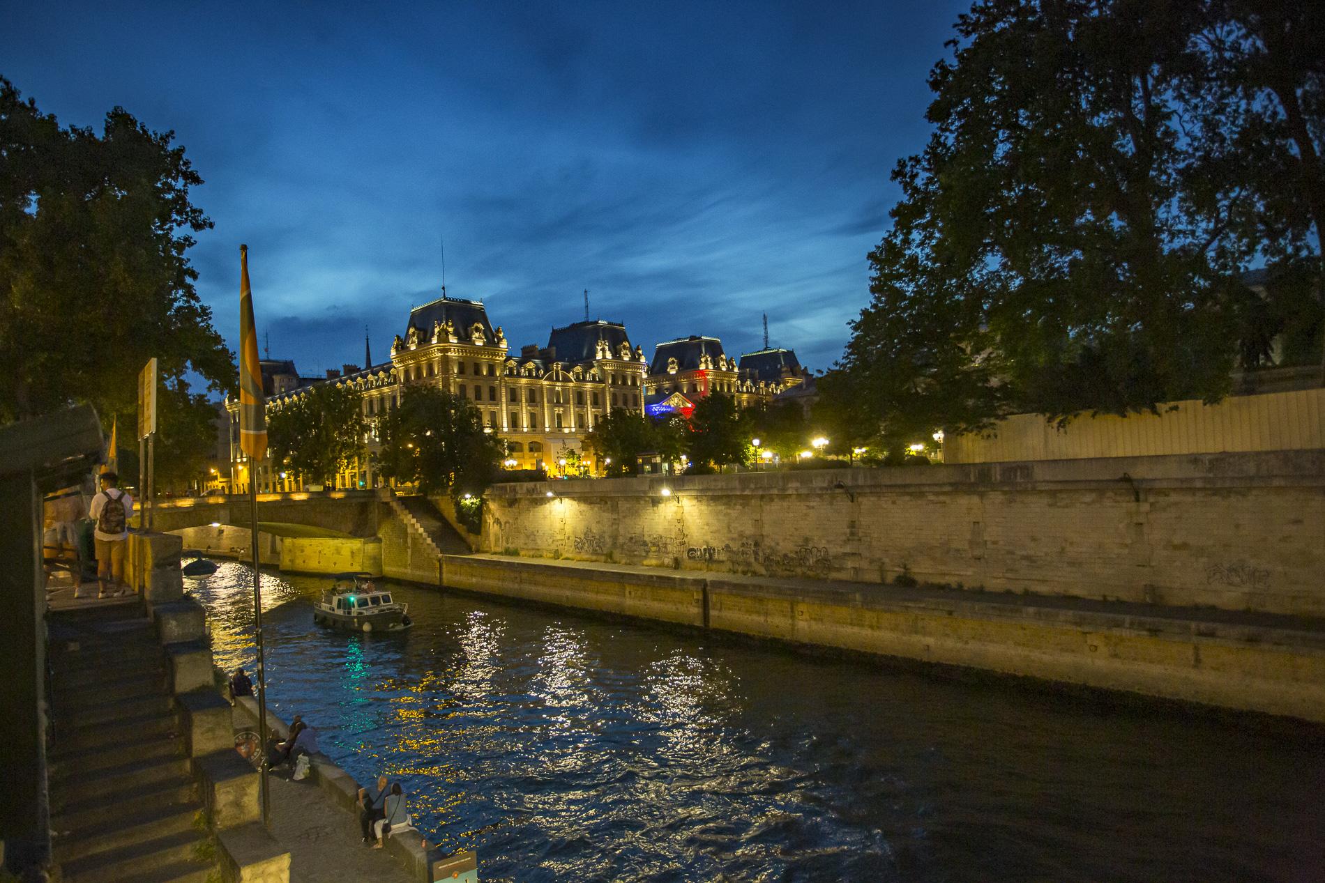 París por la noche